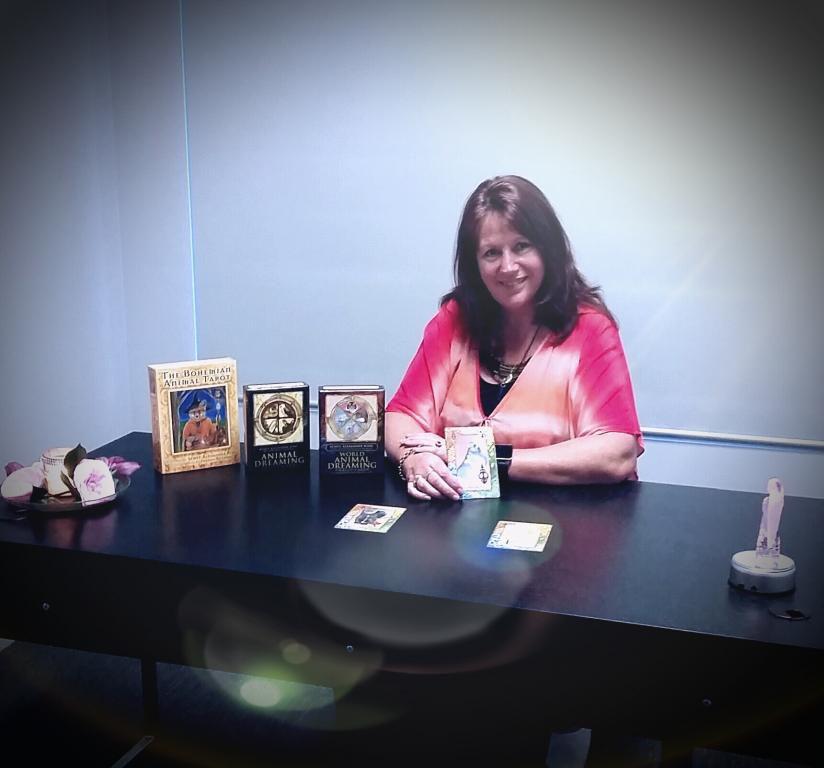 Intuitive healer, psychic reaadings
