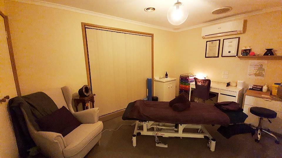 Natures Calm Embrace, Narre Warren, Myotherapy-Room