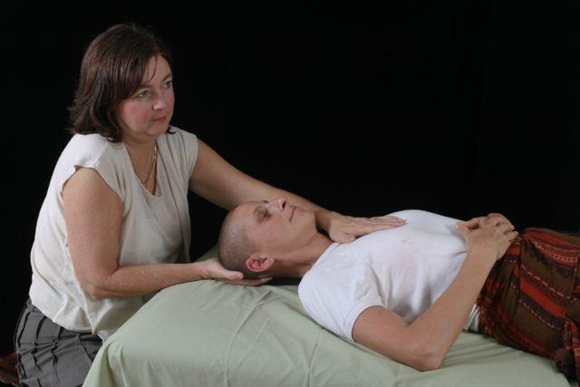 Gentle, non-intrusive techniques create a profound sense of relaxation