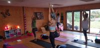 Yoga in Nikii's Studio