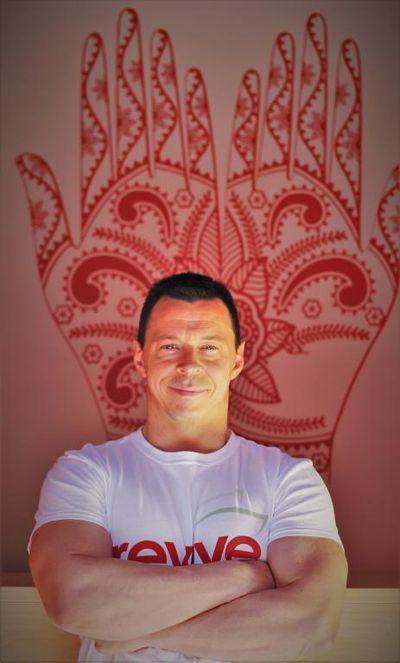 Maciek - Massage Therapist