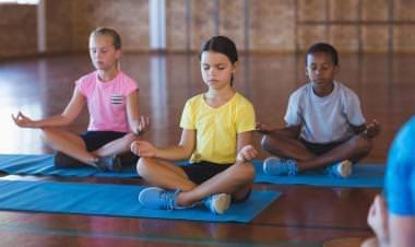 Kids Yoga Education: Teaching meditation