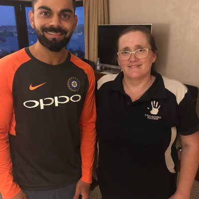 Sarah with the Indian Cricket captain, massaging his Famous Bollywood Actress Wife, in Sydney at the time.  SarMassage can treat you like a famous person in Penrith, NSW 2750.
