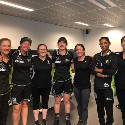 Sarah as senior therapist massaging the Women's Big Bash cricket women's side.  Sar Massage offers Sports / Deep tissue in her private clinic in Penrith a couple streets from Penrith CBD, 2750 in NSW