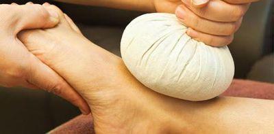 Herbal Pinda Massage