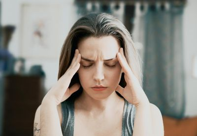 Hypnosis can help you manage stress, overcome depression, negative thinking and excessive worry