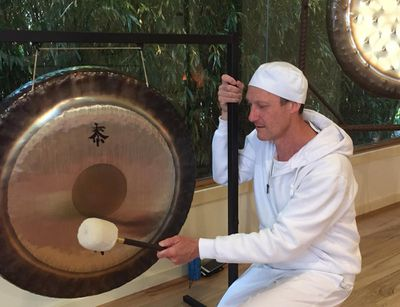 Gong relaxation